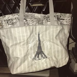 Bags - NWT Canvas Tote w-wristlet